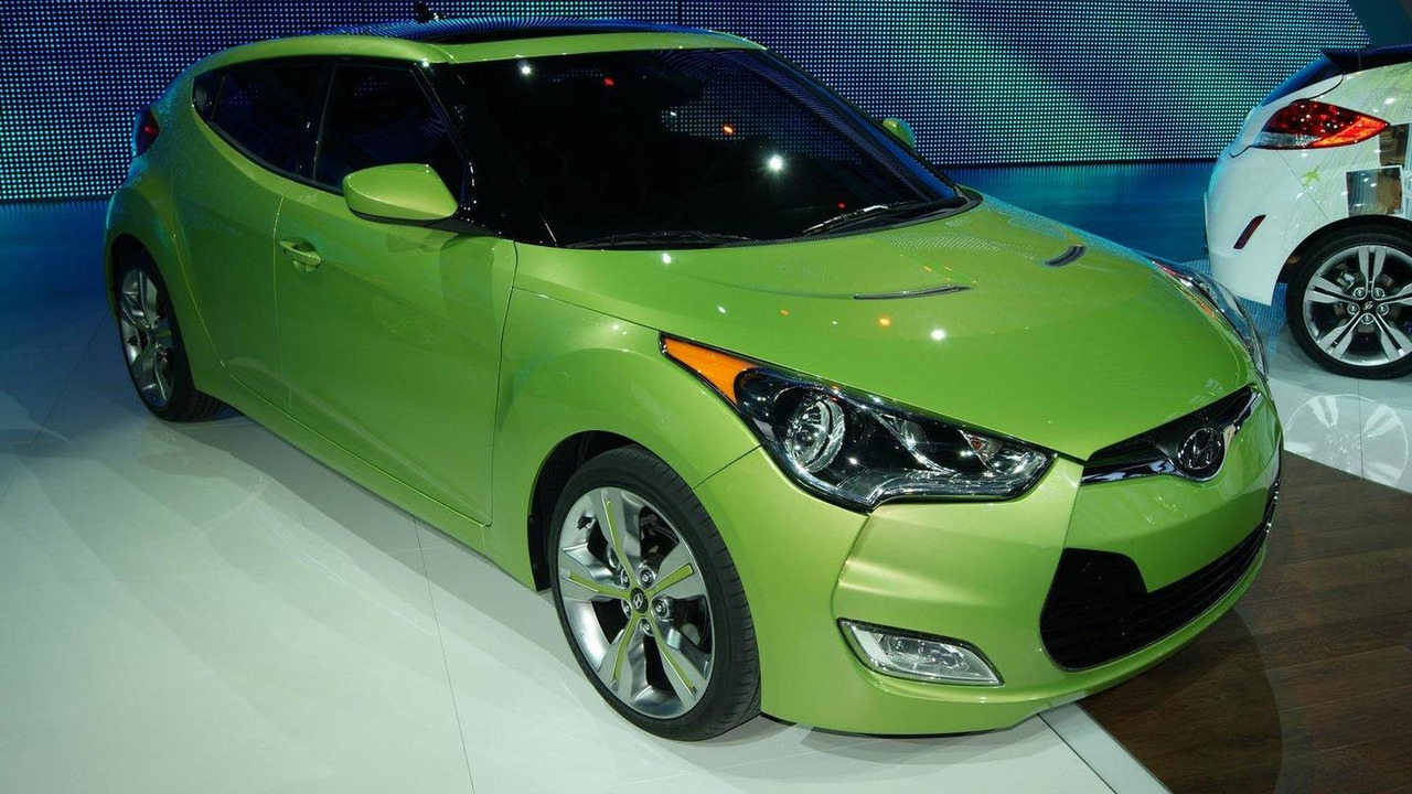 2012 Hyundai Veloster live in Detroit 10.01.2011