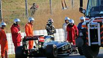 Pastor Maldonado (VEN), Lotus F1 E23, stops on the circuit, 19.02.2015, Formula One Testing, Day One, Barcelona, Spain / XPB