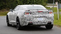 2016 Chevrolet Camaro spy photo