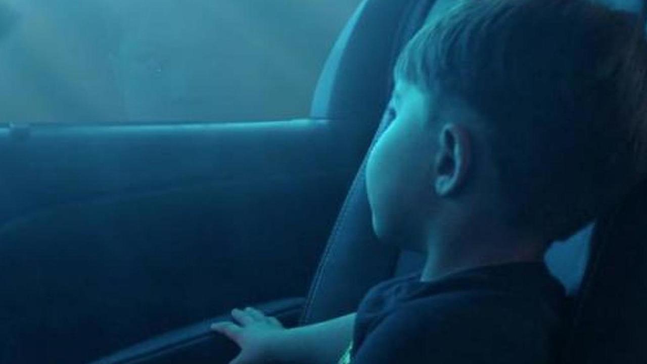 2015 Toyota Sienna teaser image