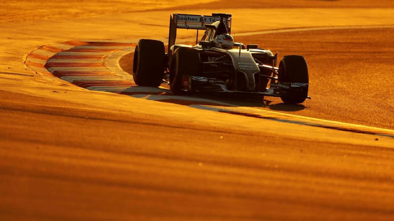 Sergey Sirotkin (RUS), 08.04.2014, Formula One Testing, Bahrain Test, Day One, Sakhir / XPB