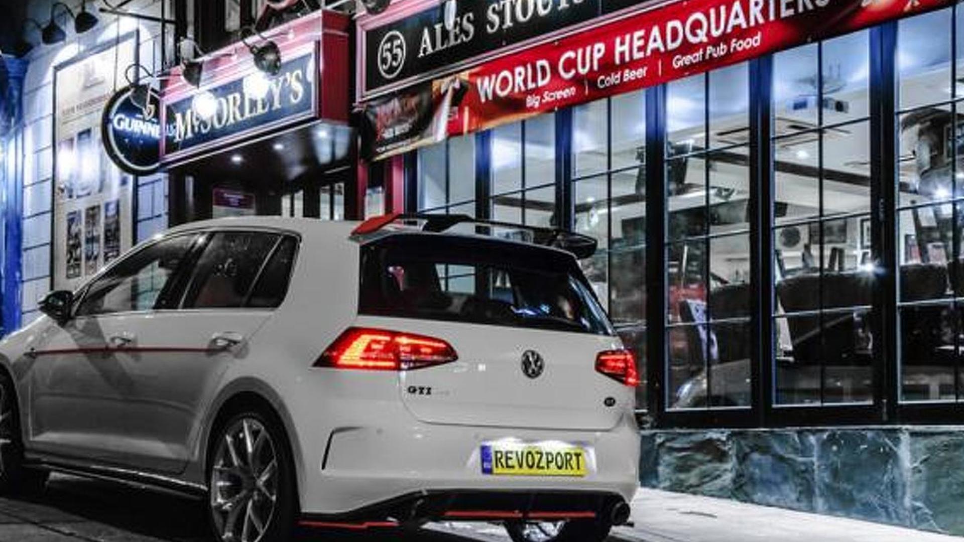 Хэтчбек Volkswagen Golf GTI. Тюнинг от RevoZport