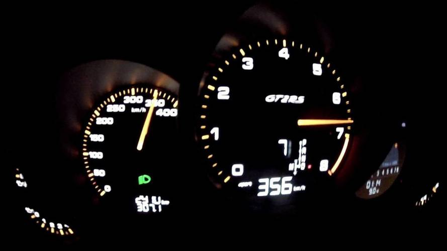 Porsche 911 GT2 RS reaches 221mph on the autobahn