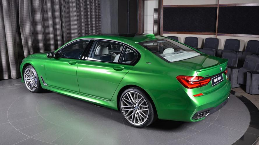¿Amante de la exclusividad? Mira este BMW M760Li xDrive