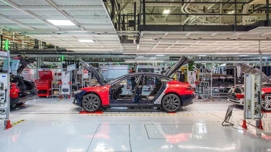 Tesla vient de licencier plus de 400 employés !