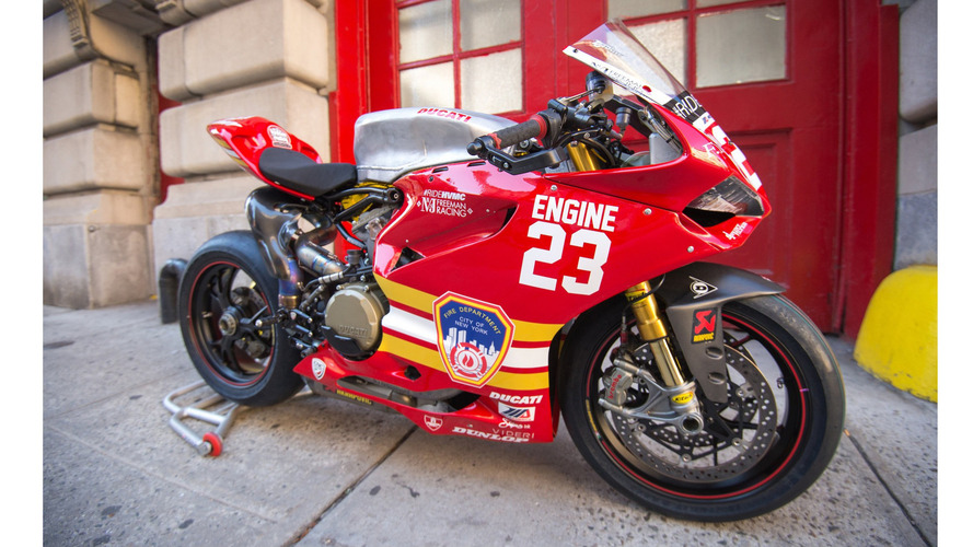Ducati, 11 Eylül'e müdahale eden itfaiyecileri onurlandırdı