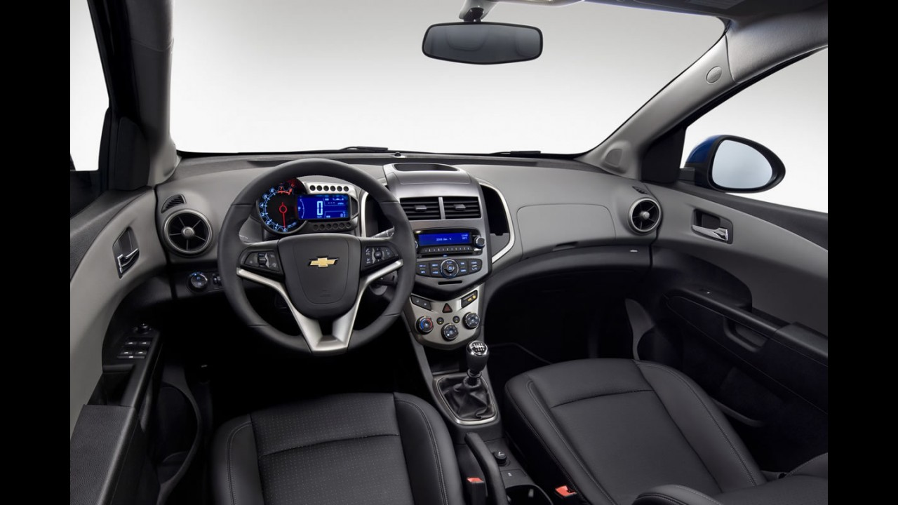 Chevrolet Sonic é lançado oficialmente na Argentina pelo equivalente a R$ 42.000