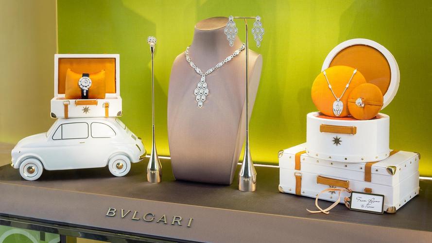 Bulgari utilise des Fiat 500 pour exposer ses bijoux