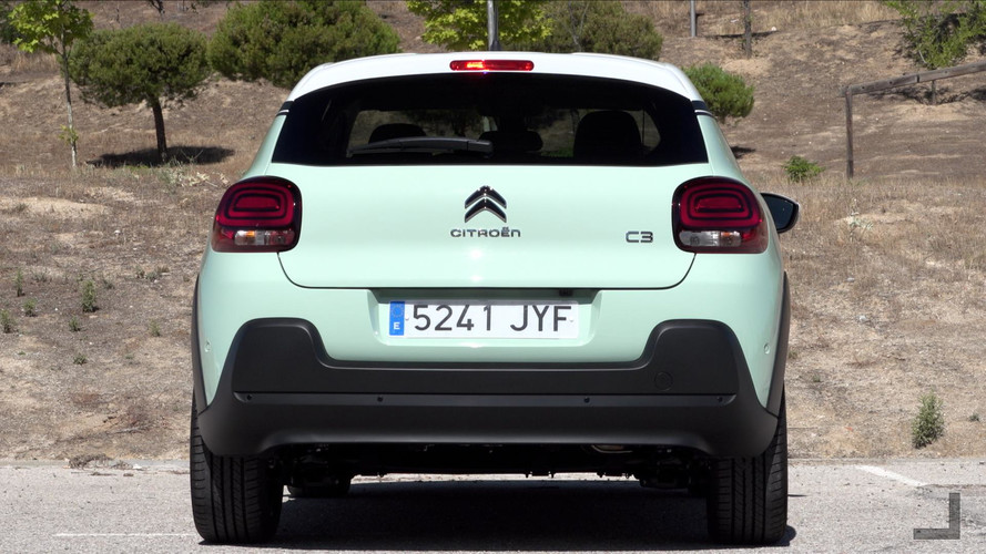Citroën C3 2017, 1.2 PureTech 110, verde