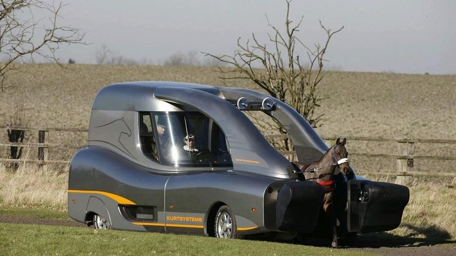 Roush Makes Horse Training Vehicle