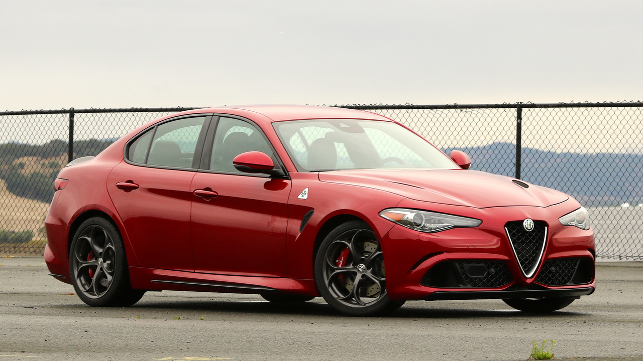 2017 alfa romeo giulia quadrifoglio first drive reinforcements have arrived. Black Bedroom Furniture Sets. Home Design Ideas