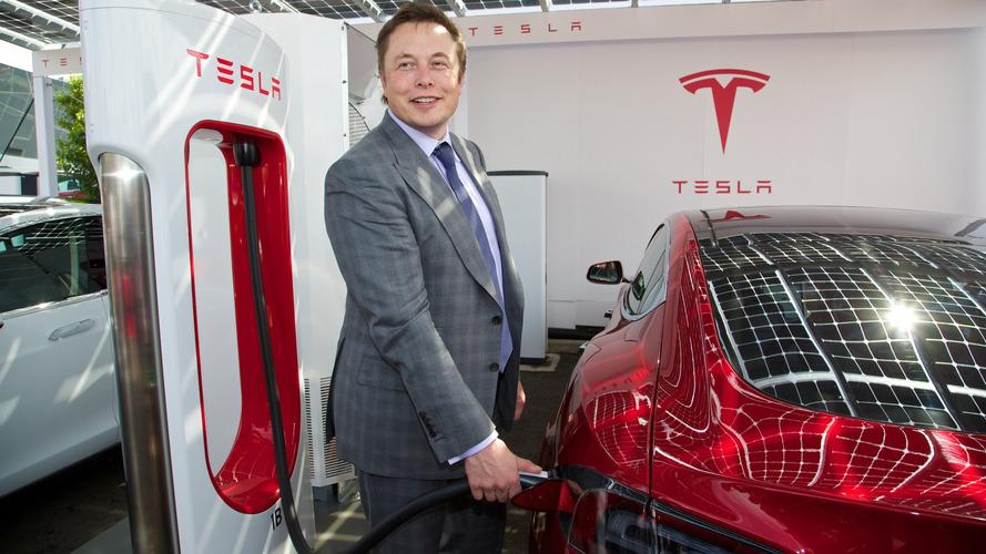 Musk diz que carros não-autônomos serão como cavalos em 20 anos