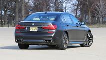 2017 BMW M760i: Review