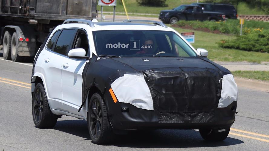 Photos espion Jeep Cherokee restylé 2018