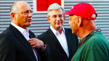 Ron Dennis vende acciones McLaren