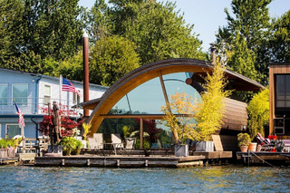 5 Amazing Houseboats to Make You Rethink Nautical Life