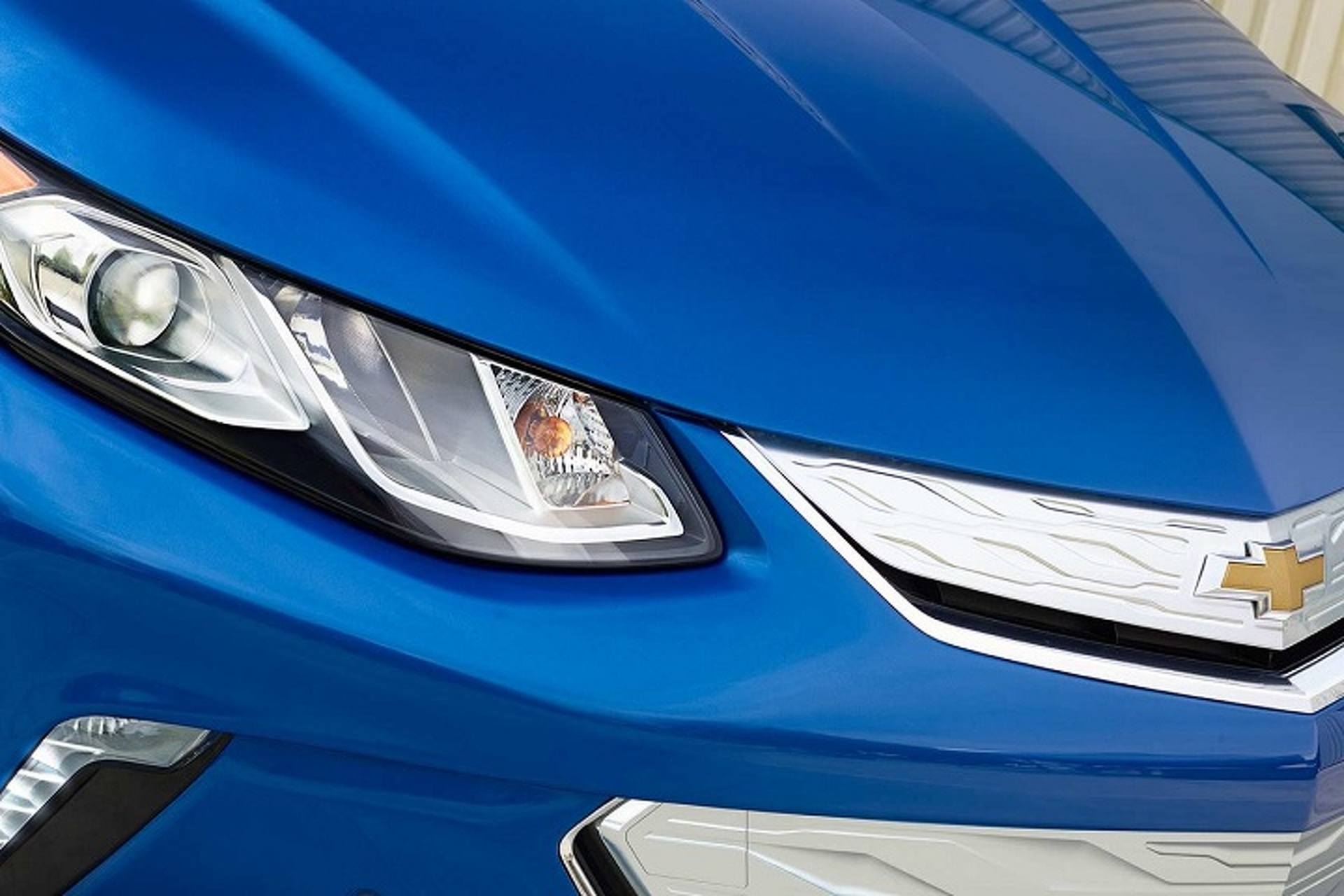 2016 Chevrolet Volt is Your Green Car of the Year