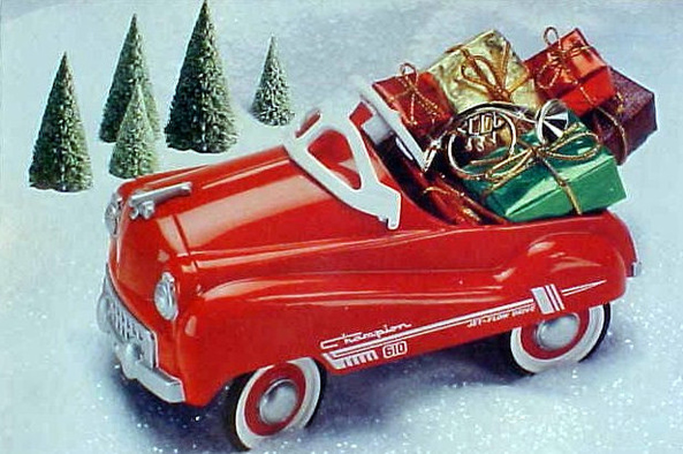 10 Great Auto-Centric Stocking Stuffers