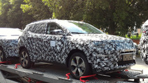 2017 Jeep Compass, Patriot replacement spy photo