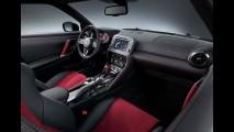 Nissan revela o monstro GT-R Nismo 2017 renovado e mais dinâmico