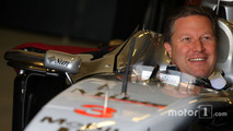 Zak Brown dans une McLaren de 2001