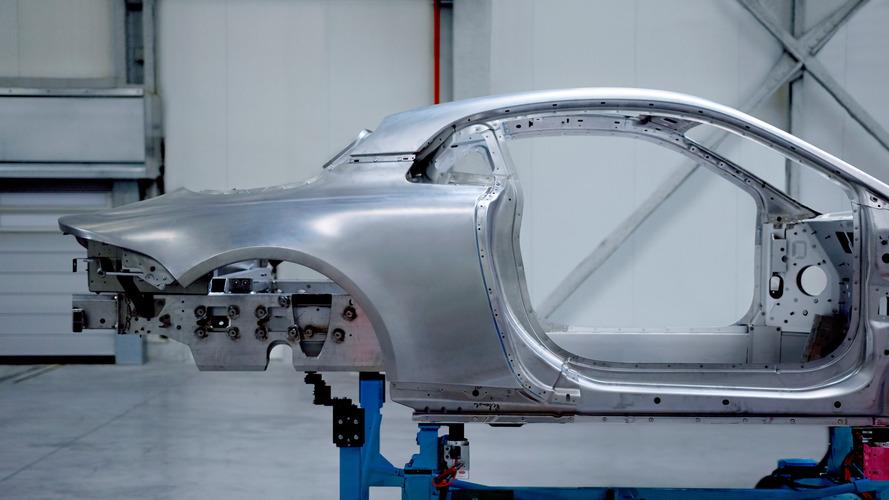VIDÉO - Alpine dévoile la structure en aluminium de sa berlinette