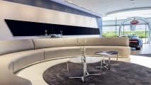 Bugatti, lo showroom da record a Dubai