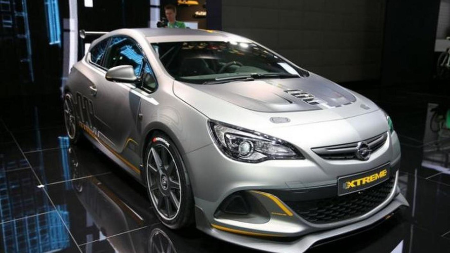 Opel Astra OPC EXTREME limited-run production version coming next year