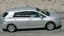 Toyota Mark X Zio Hydrogen spy pic
