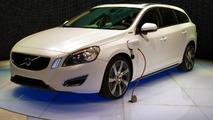 Volvo V60 Plug-in Hybrid live in Geneva - 01.03.2011