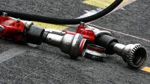 Pitlane atmosphere, pitstop air guns, Formula 1 Testing, 27.02.2010 Barcelona, Spain