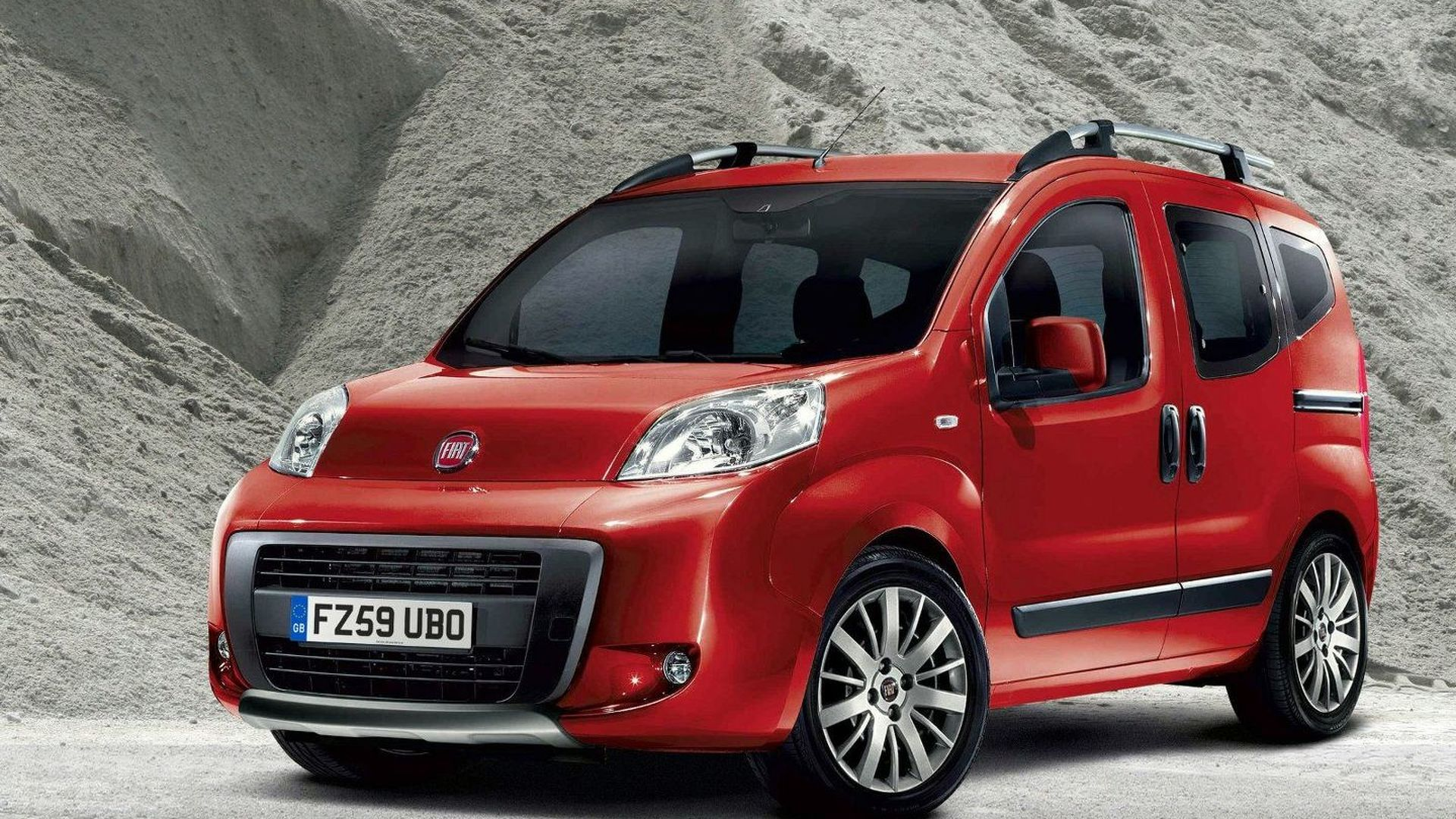 fiat qubo trekking edition announced. Black Bedroom Furniture Sets. Home Design Ideas