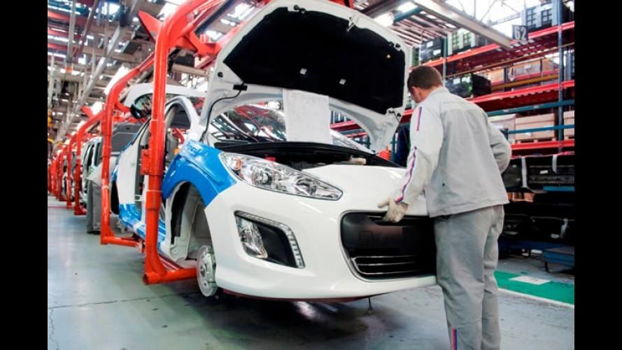 Peugeot inicia produção do Novo 308 na Argentina - Modelo chega às lojas do Brasil em 2012