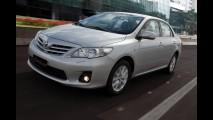 Enfim, Toyota Corolla ganha central multimídia