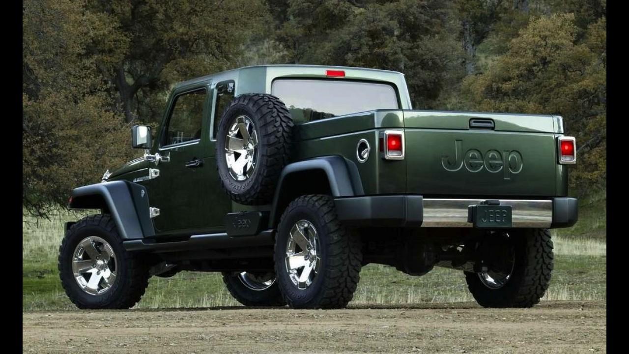 """Chefão da Jeep afirma ser """"fiel defensor"""" de picape baseada no Wrangler"""