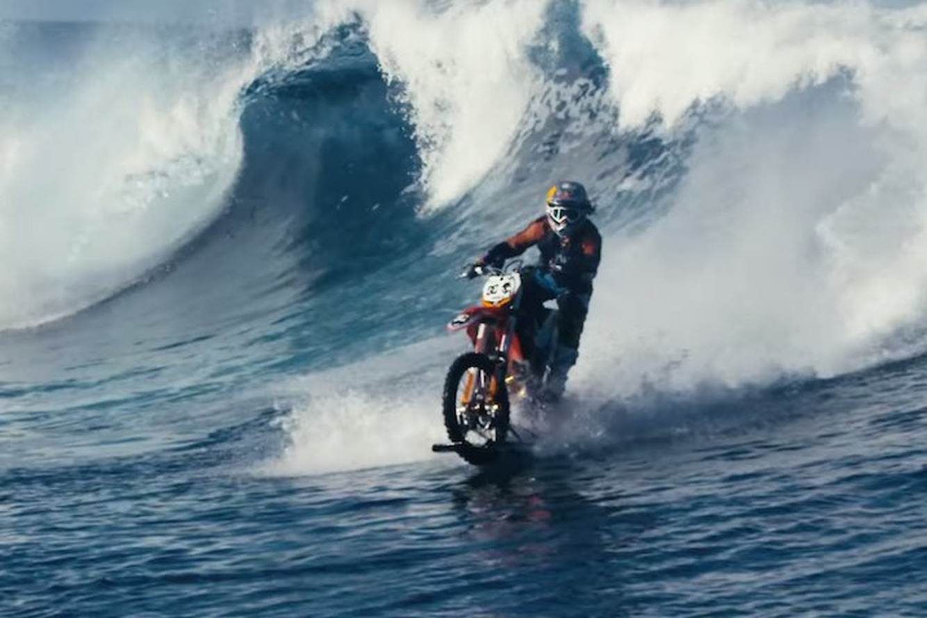 Robbie Maddison Just Rode a Dirt Bike On a Wave and It's Insane