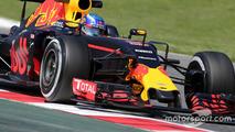 Verstappen doit toujours s'habituer à la Red Bull RB12