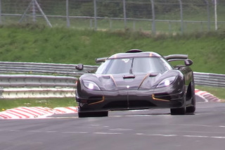 Watch the Koenigsegg One:1 Gun for Nürburgring Record