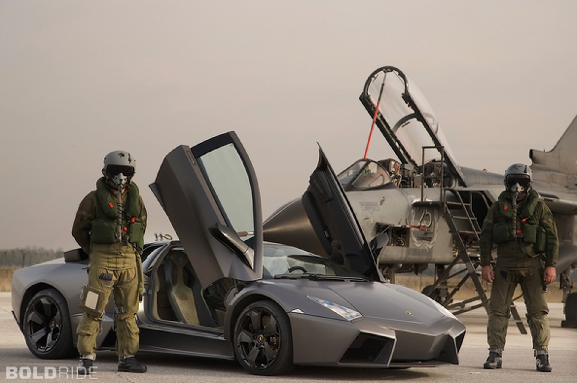 Wheels Wallpaper: 2008 Lamborghini Reventon