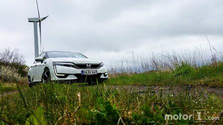 Essai Honda Clarity Fuel Cell - La meilleure voiture au monde ?