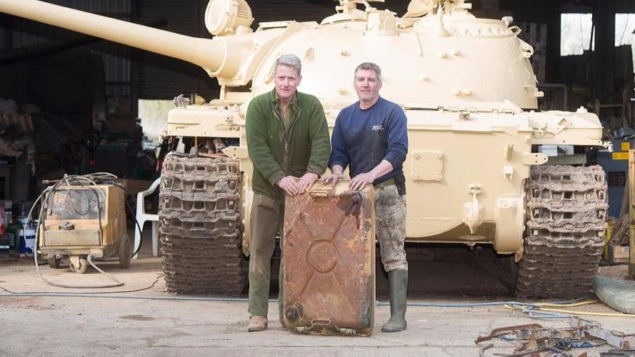 Il trouve 2,4 millions de dollars d'or dans un tank