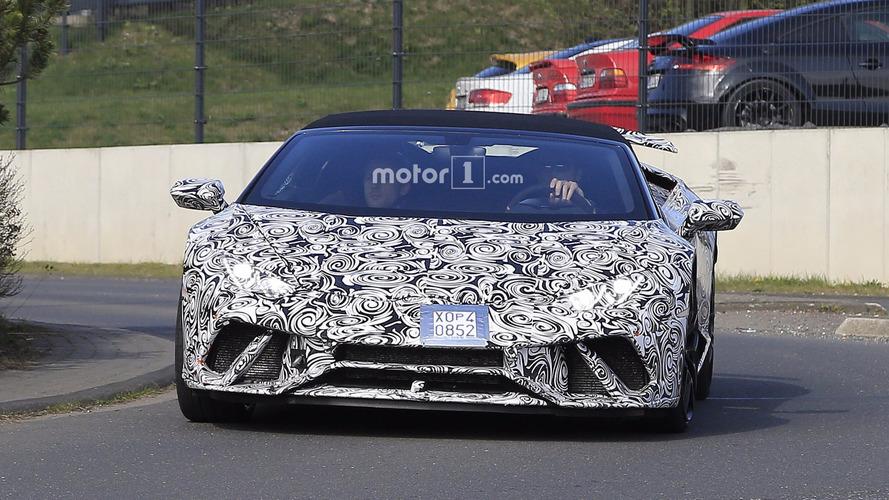 Lamborghini Huracan Performante Spyder 2018 fotos espía