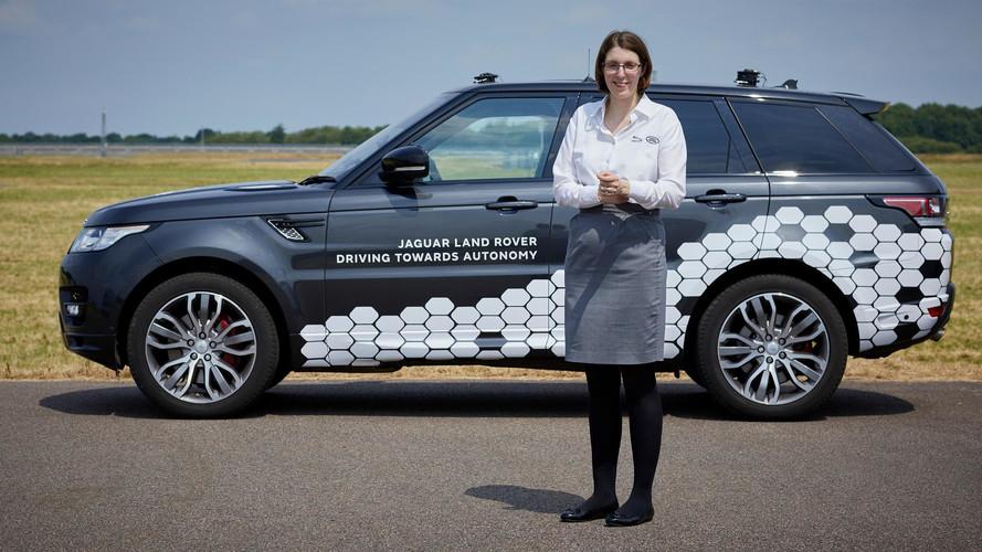 Land Rover ilk otonom aracını sergileyecek