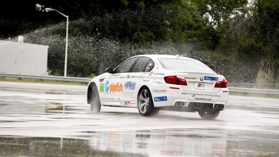 BMW driving instructor sets longest drift world record at 51.278 miles