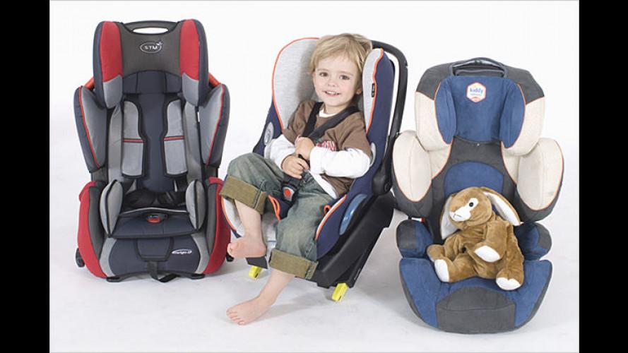 ADAC Kindersitztest 2007: Hälfte der Modelle schnitt gut ab