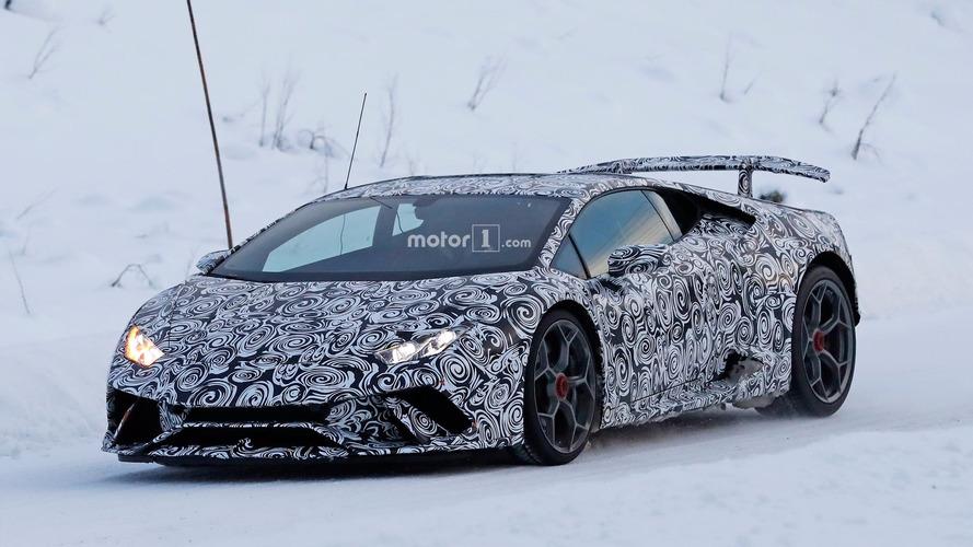Lamborghini Huracan Superleggera test için kutuplara gitti