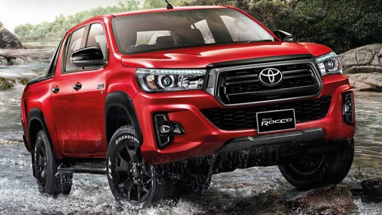 2018 Toyota Hilux Facelift Motor1 Com Photos