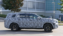 2019 Mercedes-Benz GLS spy photo
