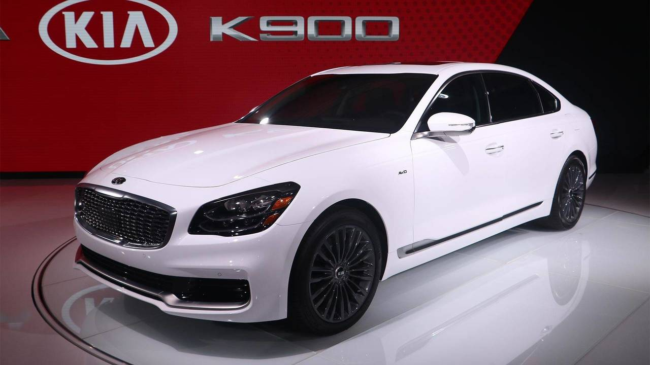 2019 Kia K900: New York