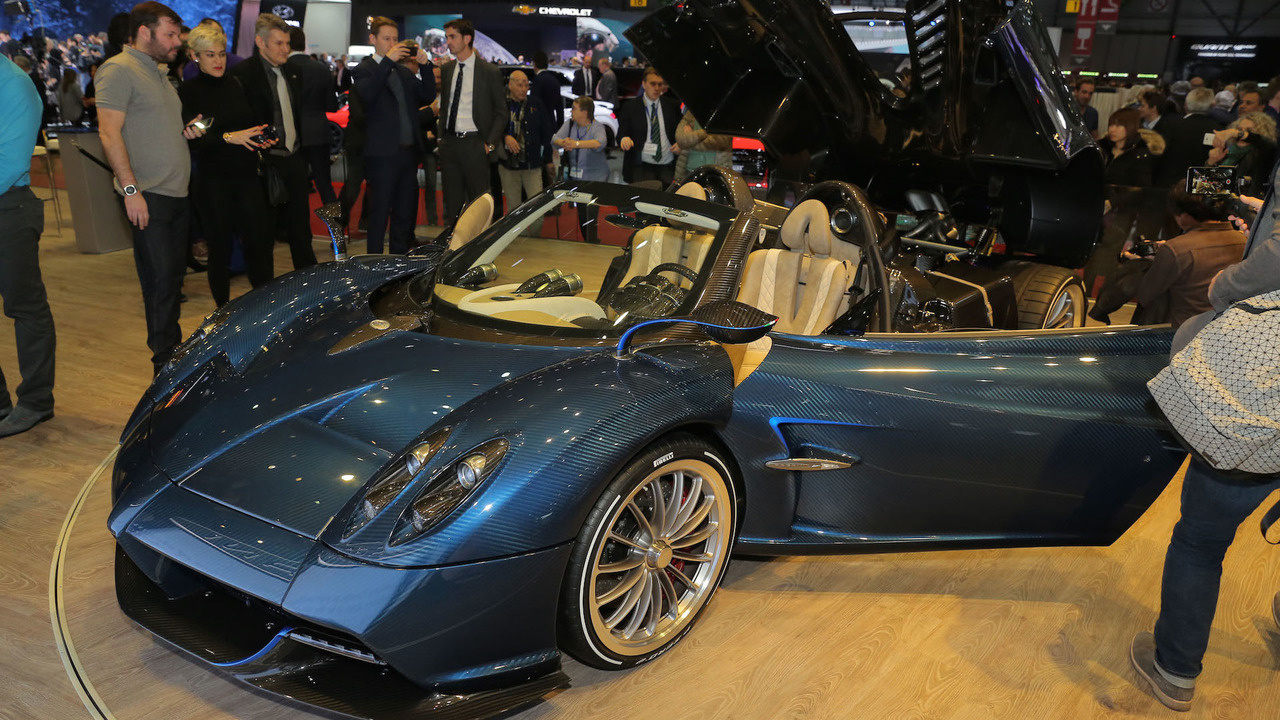 How Much Does A Lamborghini Cost In Dubai >> Pagani Huayra Roadster is the 752-hp droptop hypercar of ...